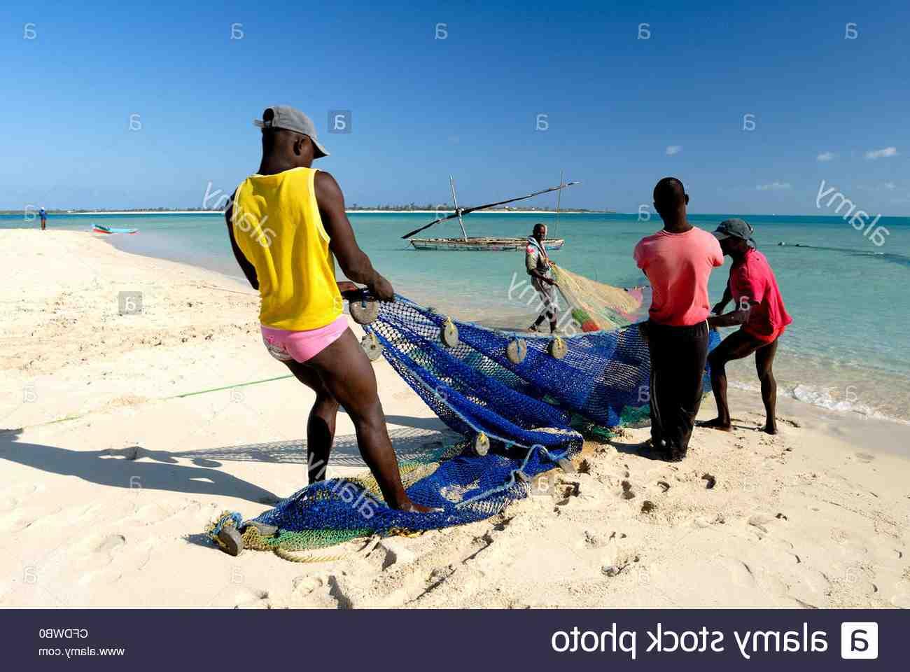 Quel langue parle Mozambique ?
